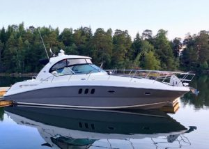 Sea Ray 395 SunDancer -06